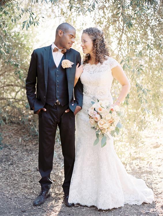 2-guys-bow-ties-blog-mariage-4